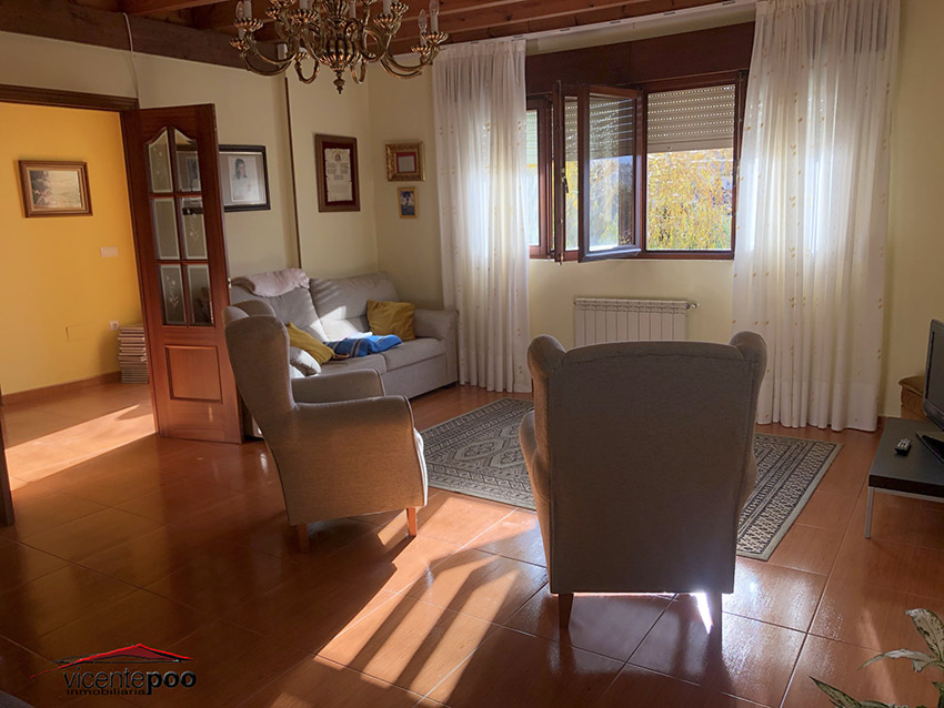 V661 - COUNTRY HOUSE WITH GARDEN IN RUILOBA